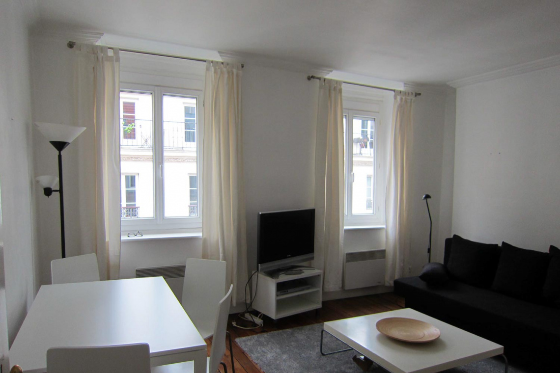 Paris Rue Notre Dame de Nazareth Apartment for rent