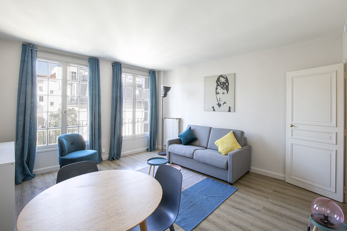 Paris Rue Gracieuse Apartment for rent