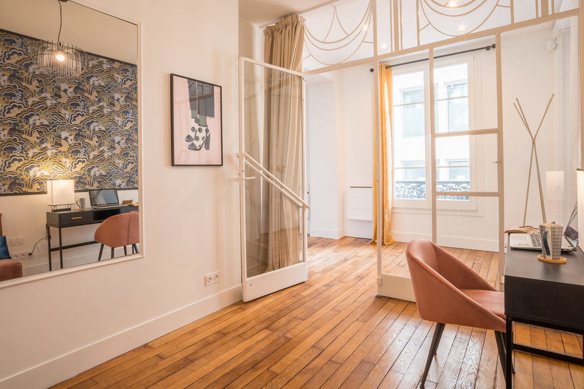 Apartment Paris Rue Saint Marc 27