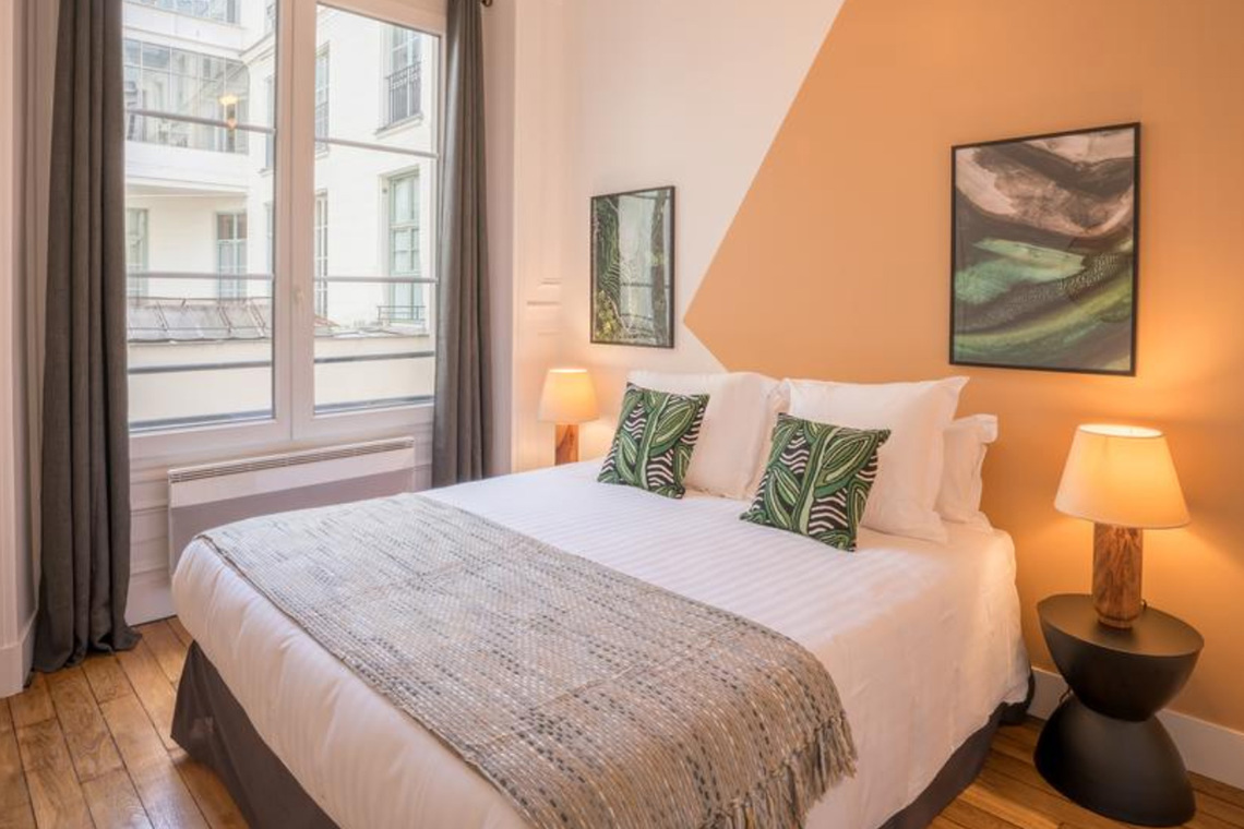Apartment Paris Rue Saint Marc 15