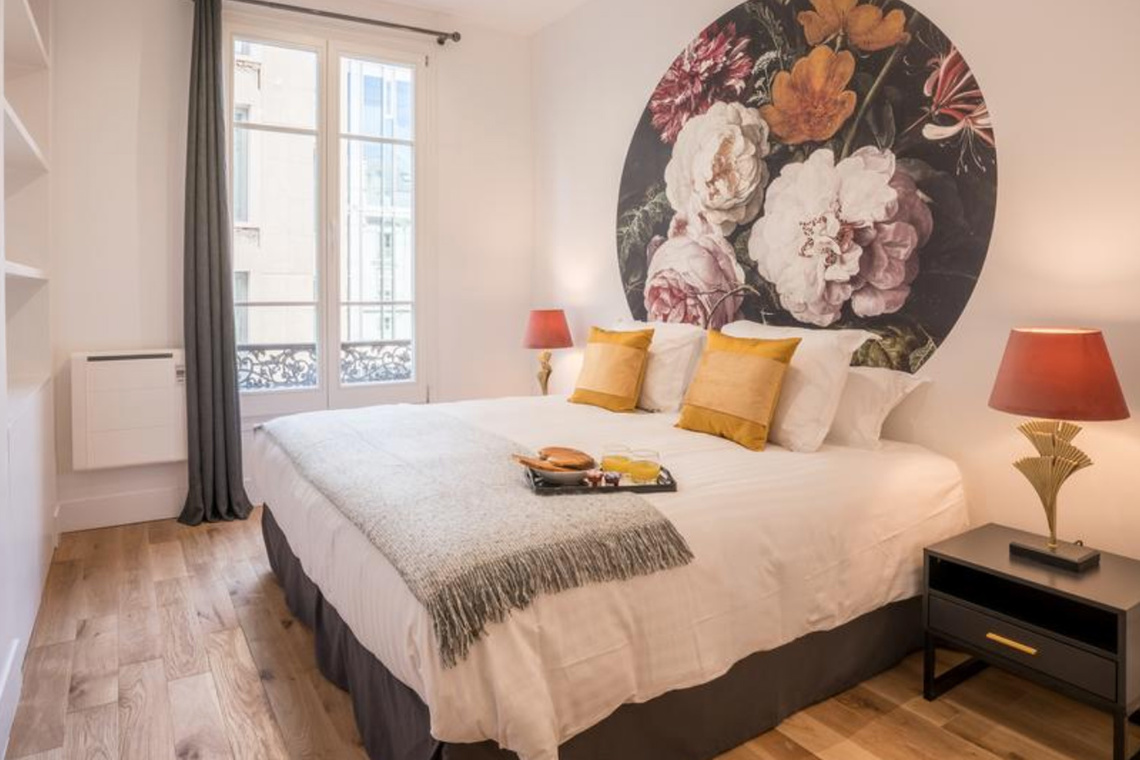 Apartment Paris Rue Saint Marc 21
