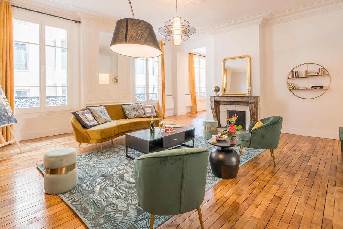 Paris Rue Saint Marc Apartment for rent
