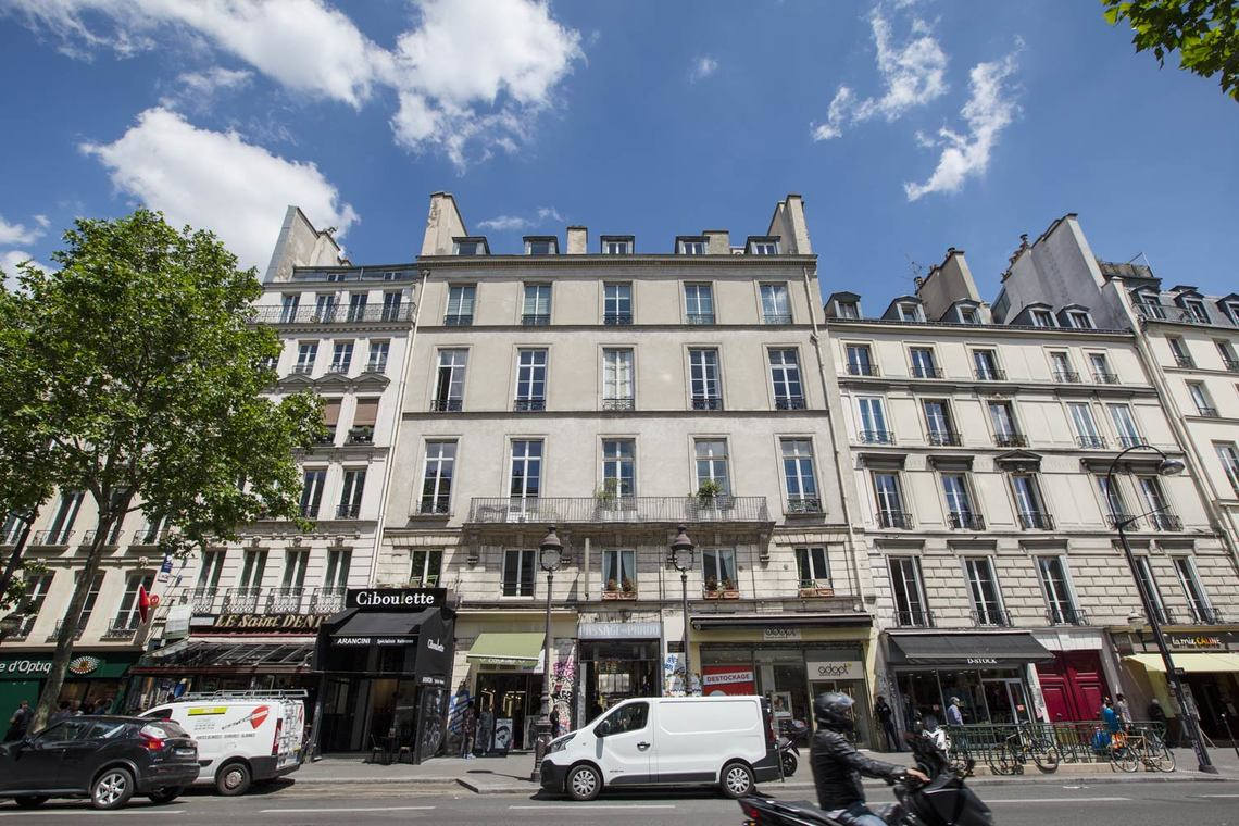 Apartment Paris Boulevard Saint Denis 22