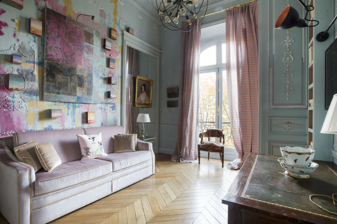 Apartment Paris Avenue Montaigne 6