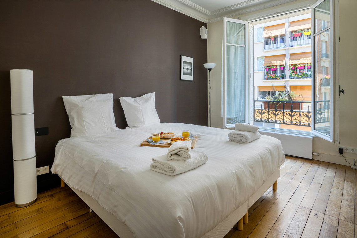 Apartment Paris Rue Lantiez 24