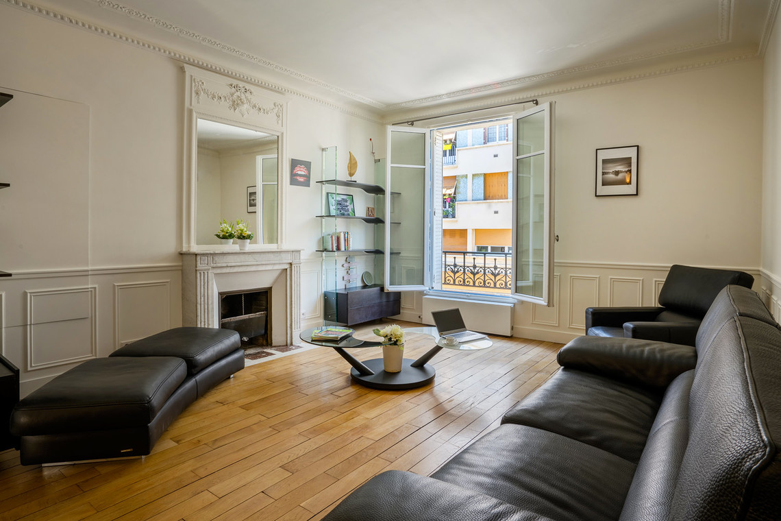 Apartment Paris Rue Lantiez 14