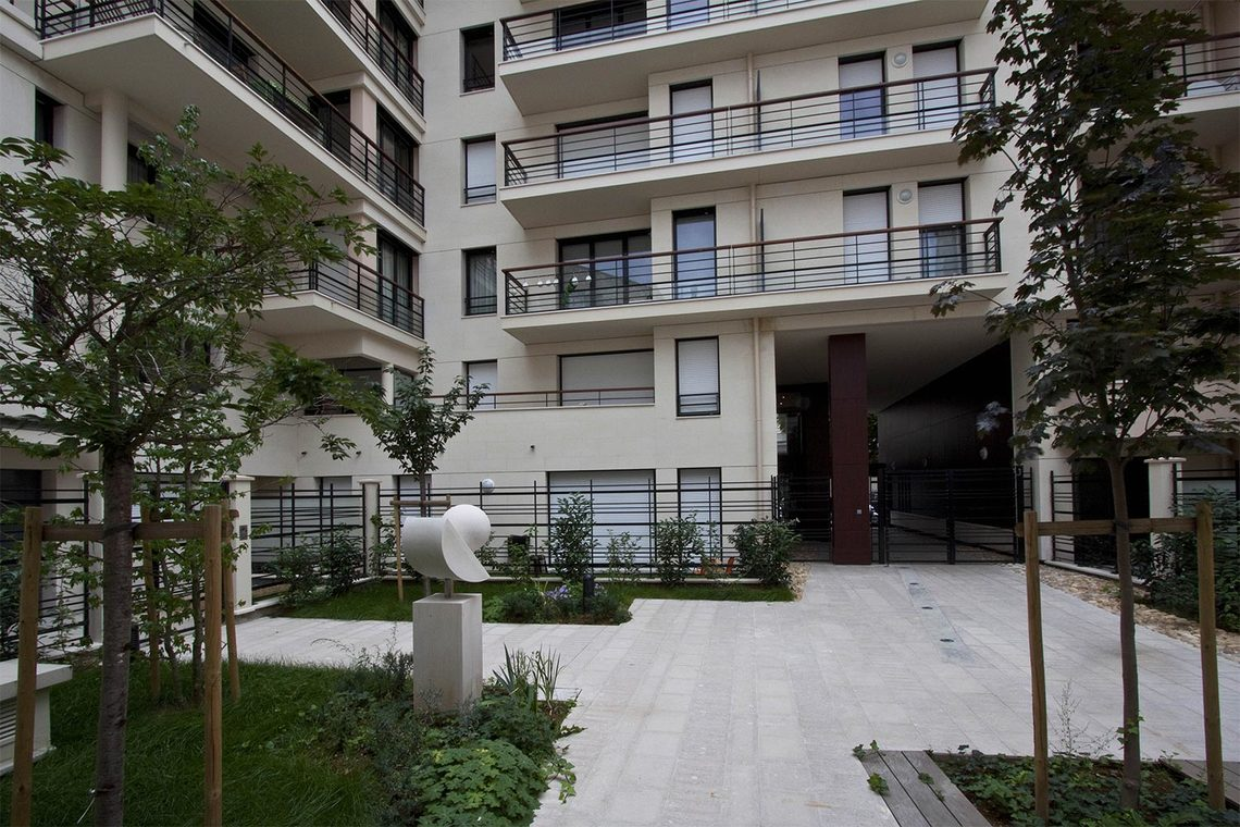 Apartment Paris Rue Pierre Demours 13