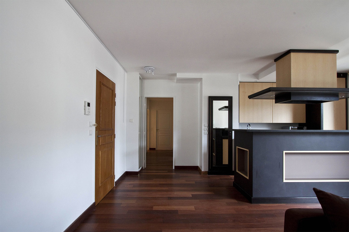 Apartment Paris Rue Pierre Demours 5
