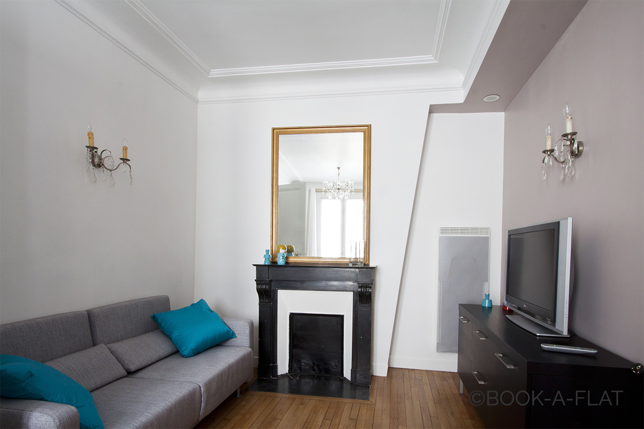 Apartment Paris rue Daru
