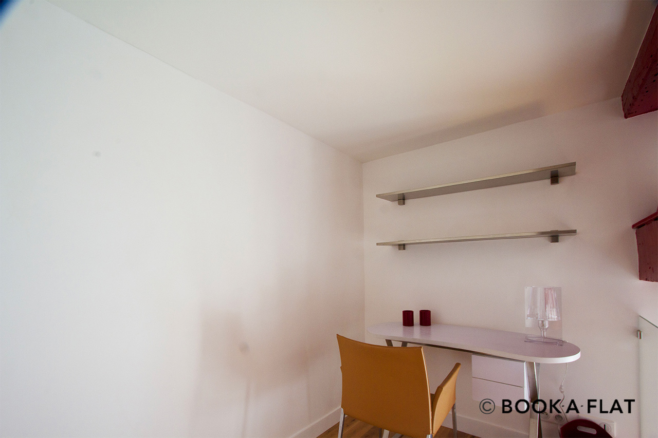 Apartment Paris Rue Saint Georges 8