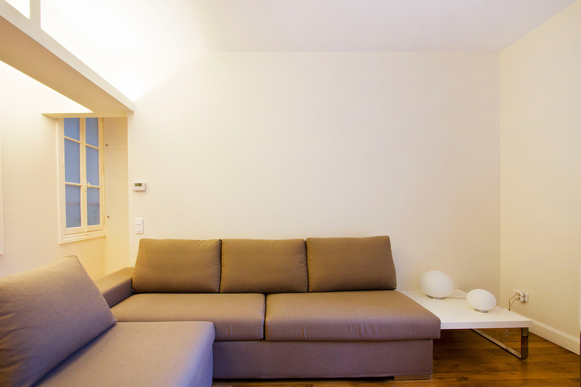 Apartment Paris Rue de la Comète 2