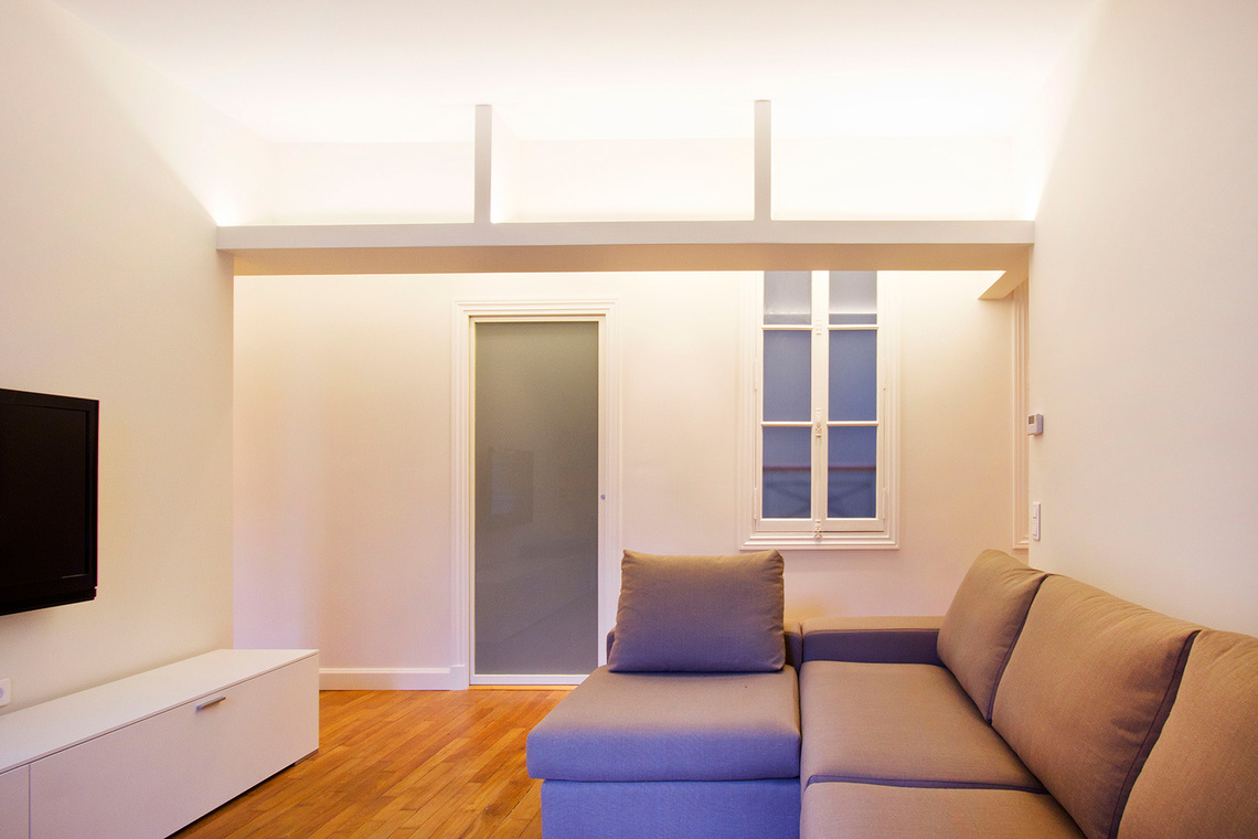 Paris Rue de la Comète Apartment for rent