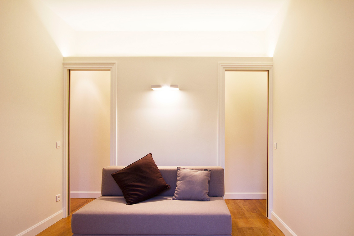 Apartment Paris Rue de la Comète 4