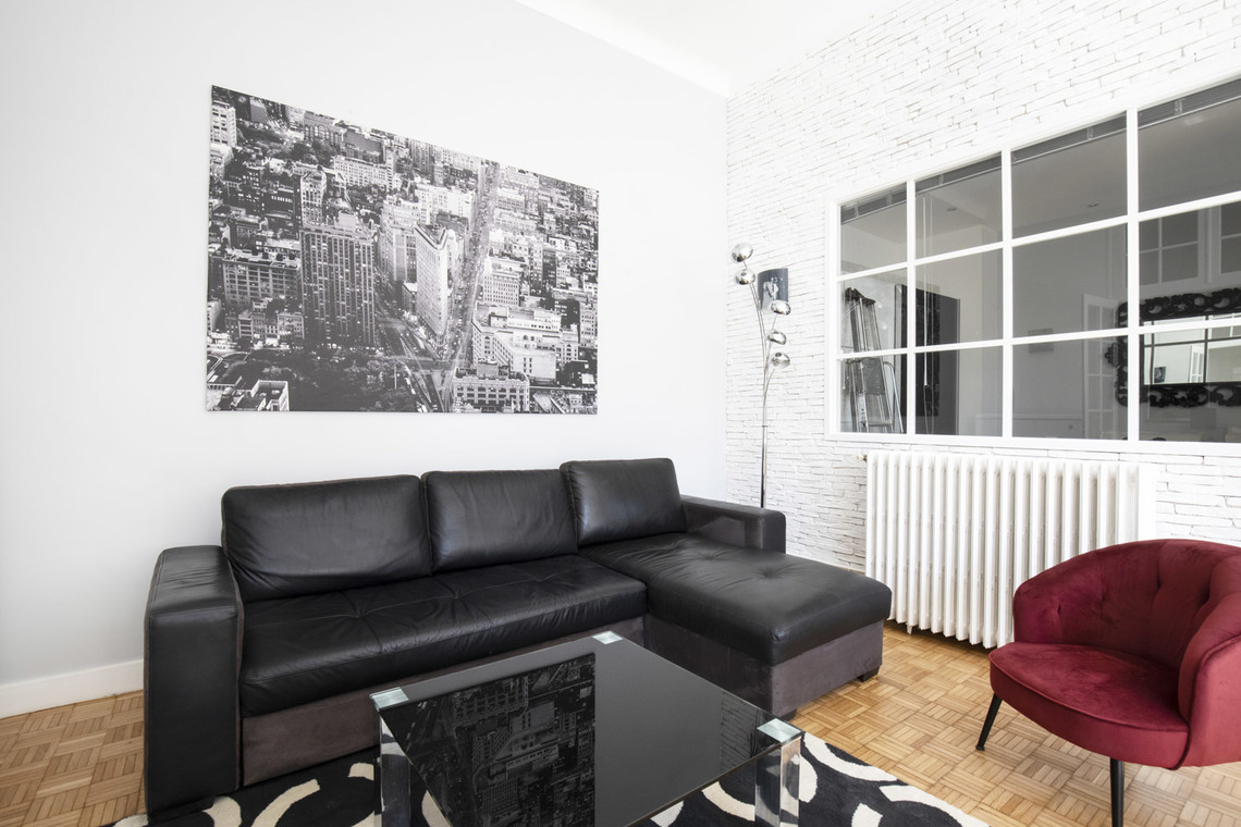 Furnished apartment for rent Paris Rue Juliette Lamber