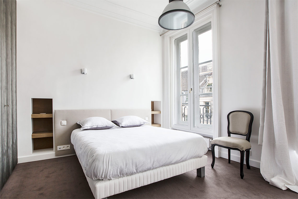 Apartment Paris Rue de Tournon 6