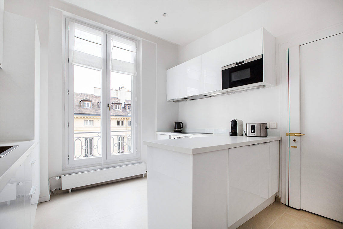 Apartment Paris Rue de Tournon 4